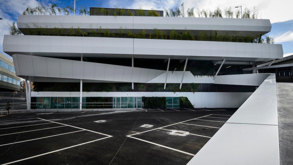 Nave Multiusos Balaídos-fachada principal