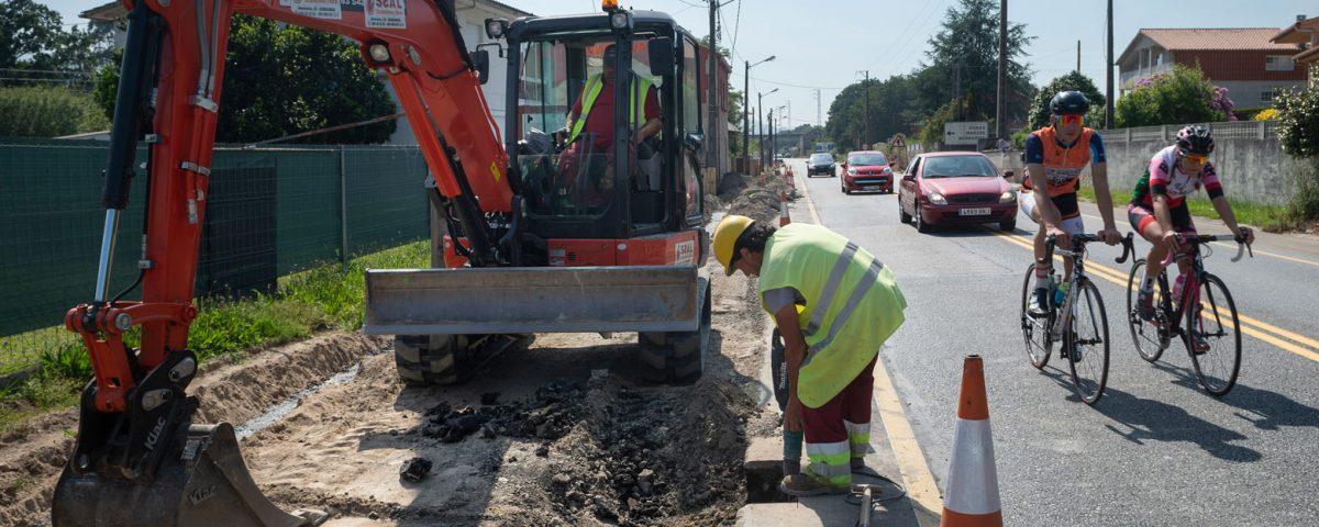 Trabajos de construcción del carril bici Gondomar-A Ramallosa