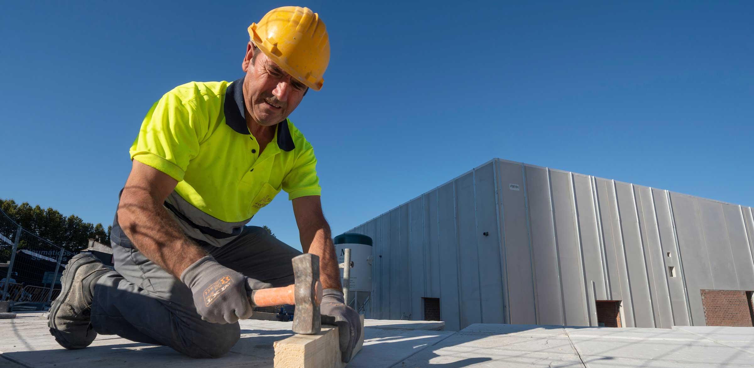 Según los datos oficiales analizados por Ibermutua entre julio de 2018 y junio de 2019, la accidentalidad con baja de los profesionales de Civis Global (0,97 por cada 100 trabajadores) es ocho veces inferior que la media del sector de la construcción en 2018.